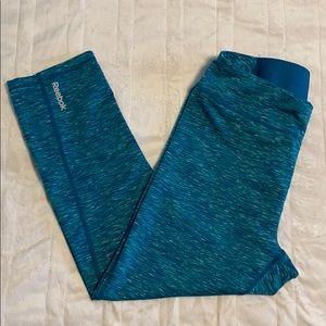 Reebok Aqua Camo Yoga Capris Pants - Size Small